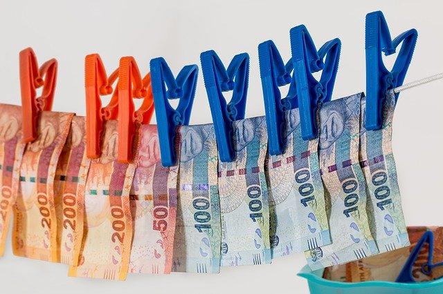 105 arrested for stealing > €12 million of US Banks